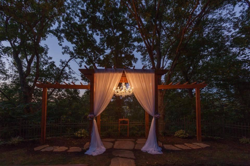 Rental ceremony decor