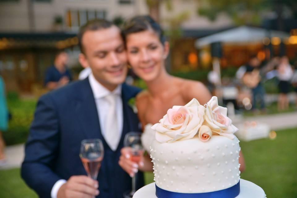 Wedding cake, topper, cake, romantic wedding cake, wedding cake idea, wedding cake decor