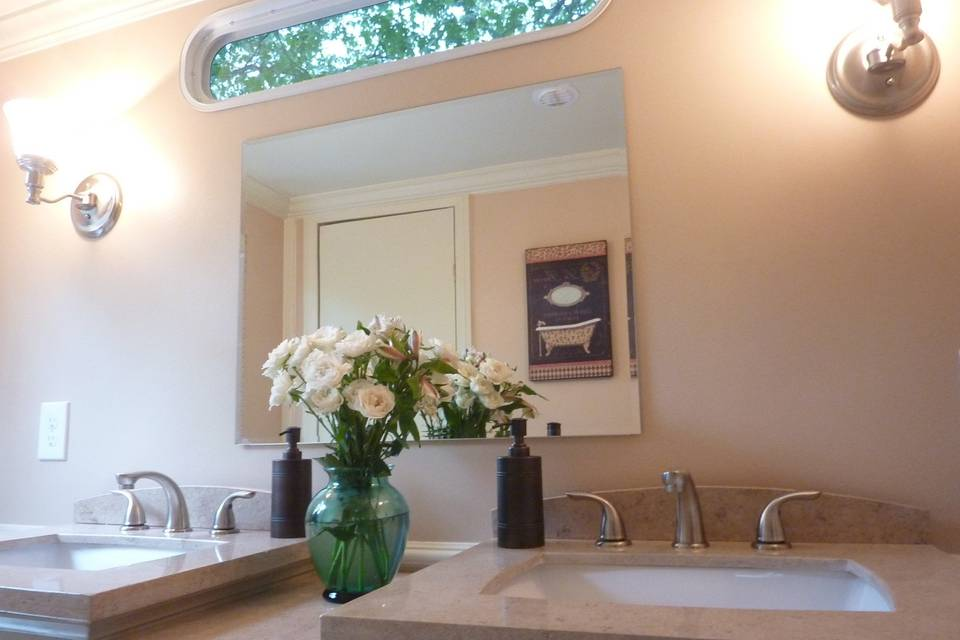 Sinks and vanity area