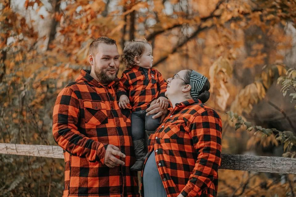 Fall family photo shoot - Chantel Media