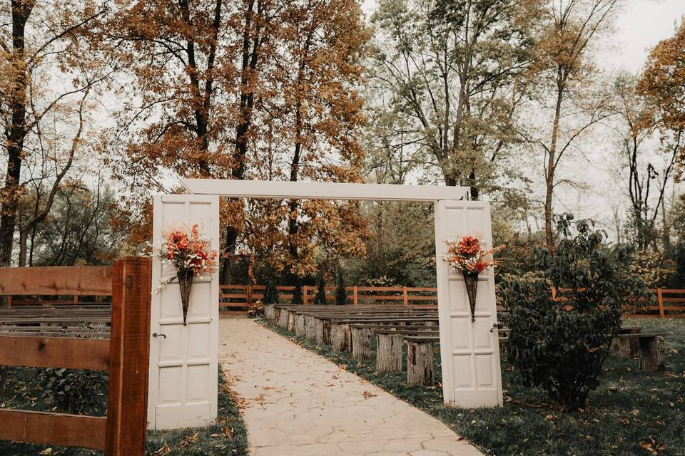 Outdoor ceremony at the Barn