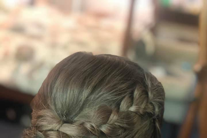 Braided updo for this beauty