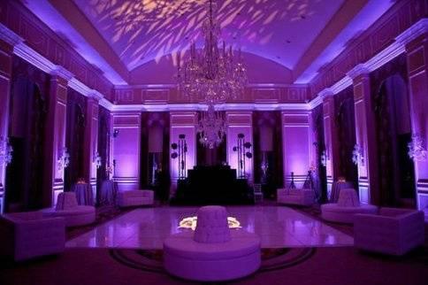 Lounge area lighting