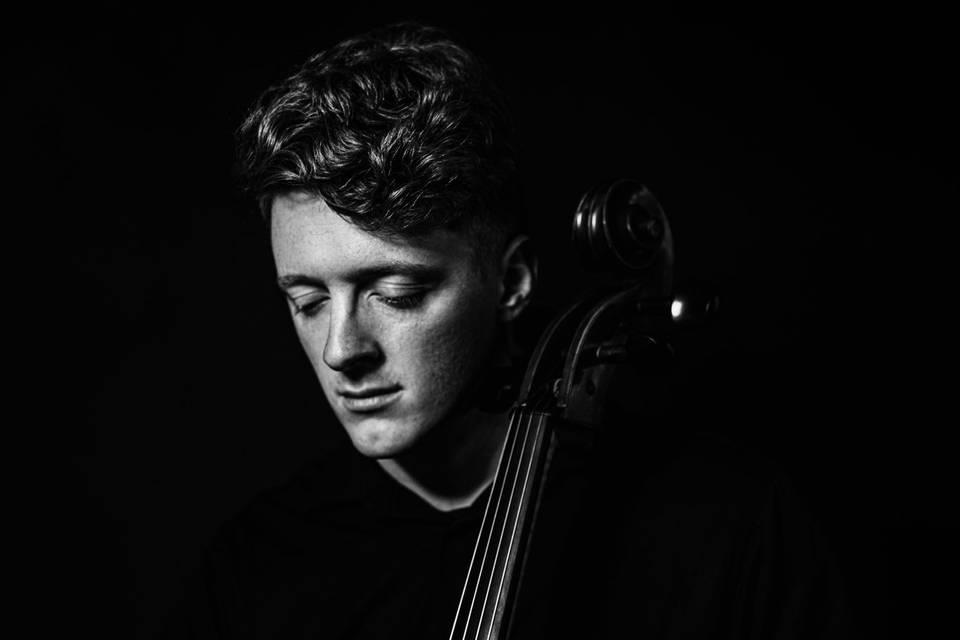 Cellist JA