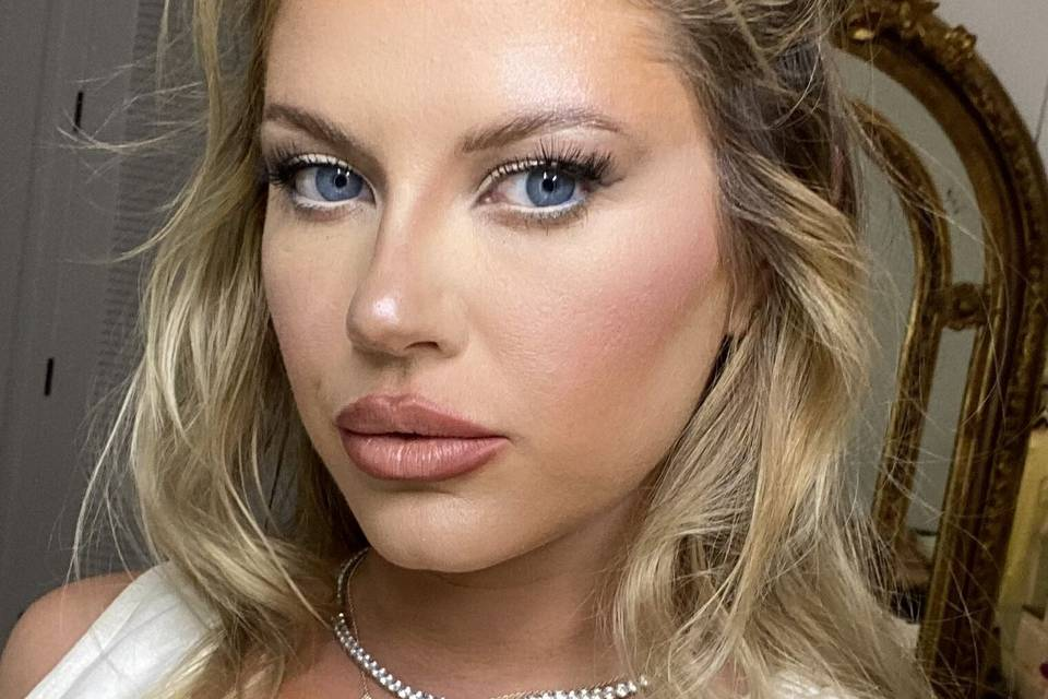 Magnificent Event & Bridal Makeup