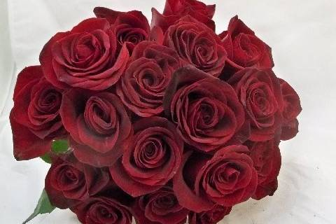 bridal bouquet with all red roses