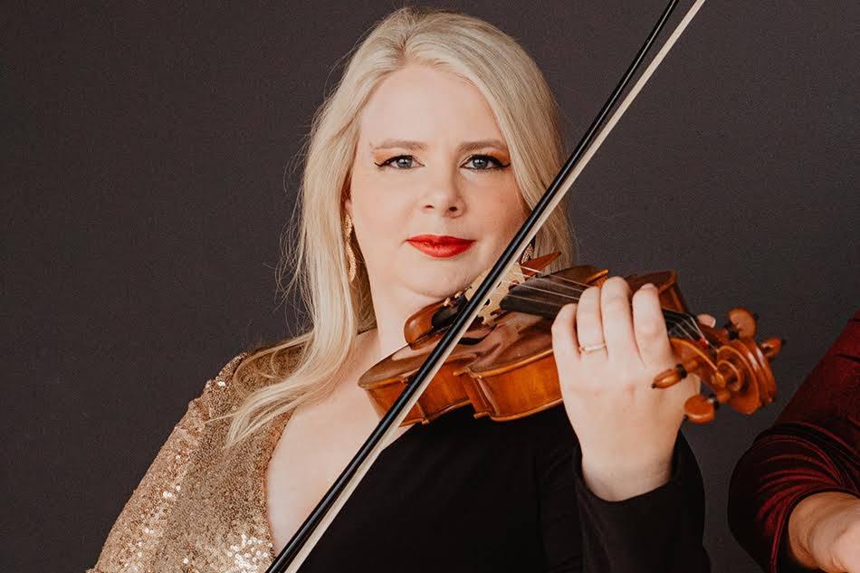 Anna Hoopes, Violinist