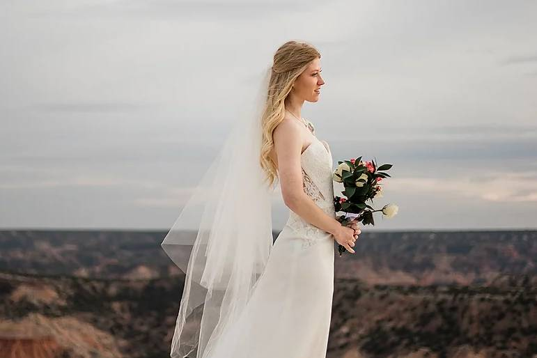 Bride holding her bouque