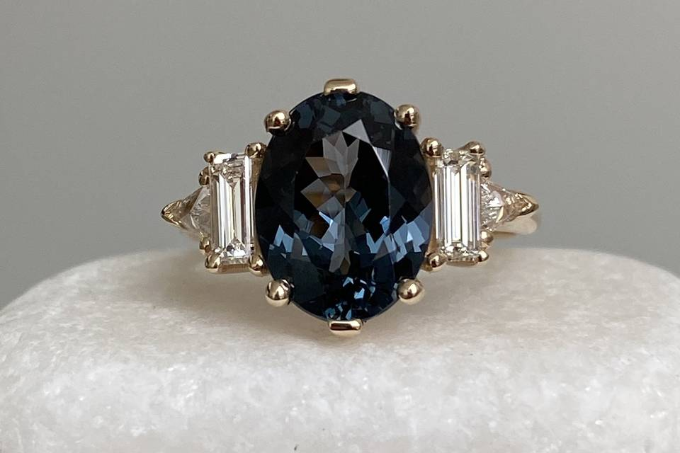 Grey Spinel Theda ring