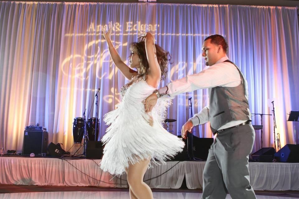 Surprise Bride/Groom dance
