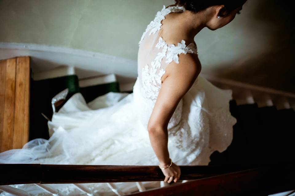 Hudson Valley bride on her way