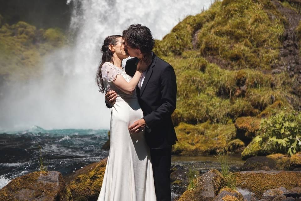 Beautiful elopement in OR