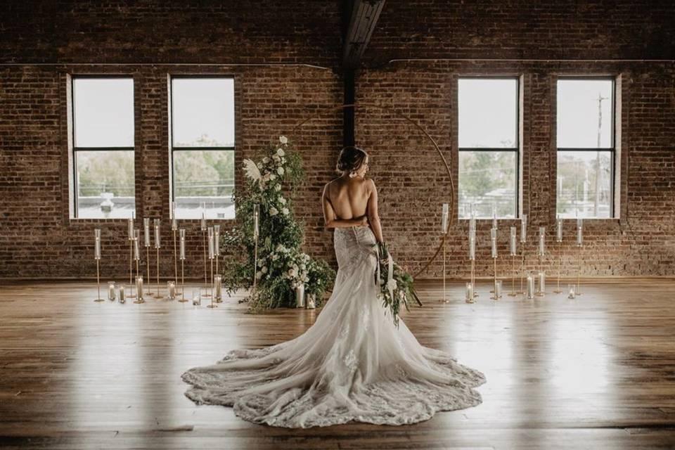 Romantic bridal pose