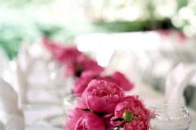 Pink peonies centerpieces
