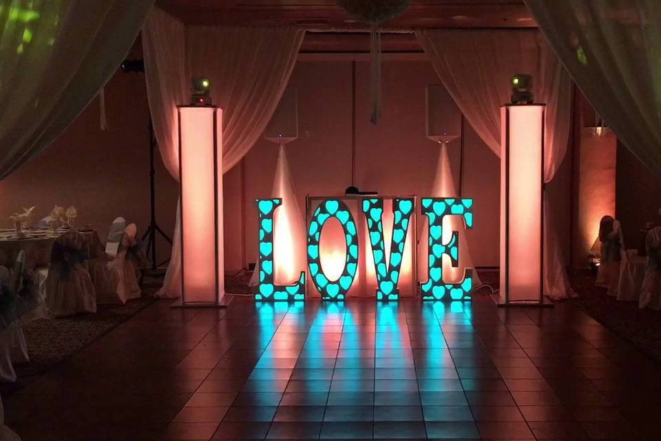 DBP LOVE Marquee, with Platinum