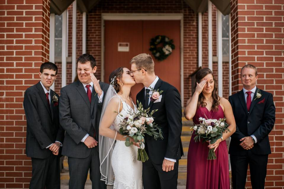 Sibling wedding party outtake