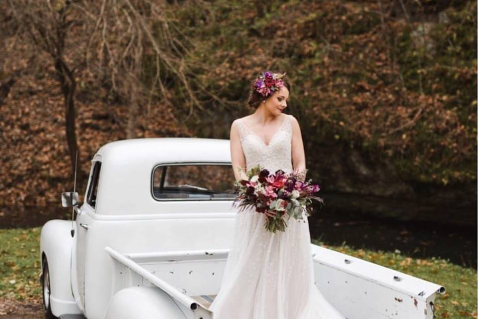 Bridal gown outdoor shoot
