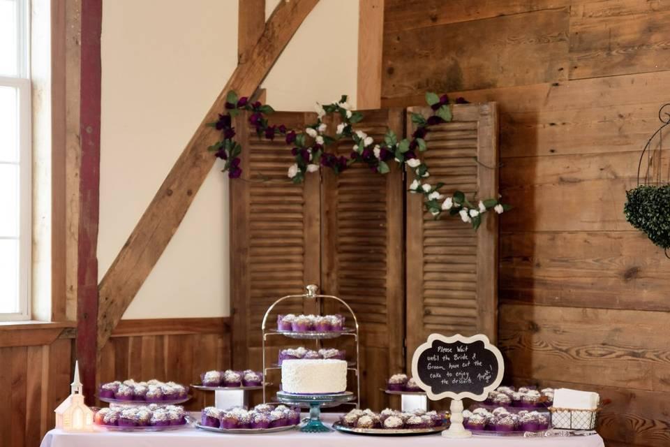 A cupcake table