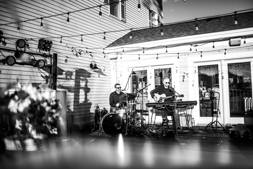 Live Music/DJ Combo