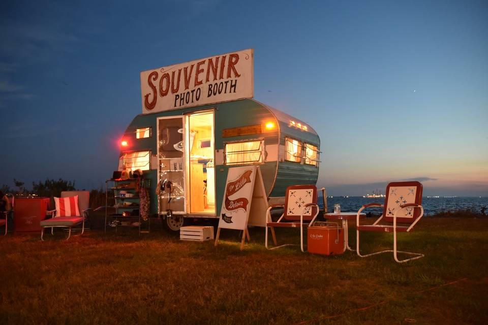 The Little Detour Photo Booth-Vintage Camper