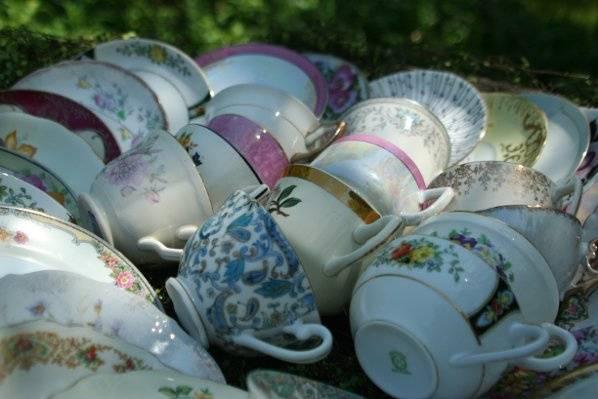Revived Tableware